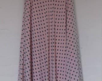 Beautiful floaty dusky pink Windsmoor skirt with polka dots - size 8/10