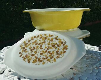 4 pc vintage Pyrex verde olive green casserole dishes with lids 1970s