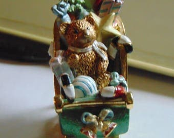 Fitz and Floyd amazing trinket box  featuring Santa's Sleigh with Toys and a secret surprise a necklace of the Sleigh trinket !!