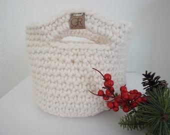 Medium Crochet Basket - Single Stranded - White