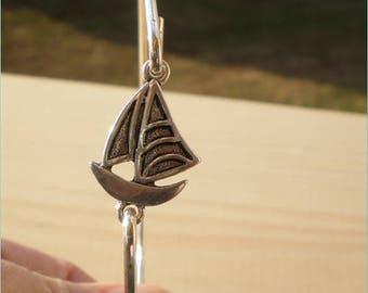 Sail Boat Bangle, Beach Bangle, Charm Bangle, Jewelry Findings