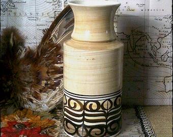Iconic design,1970s Jersey Pottery Vase