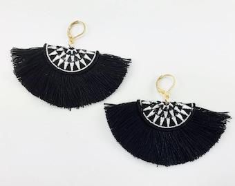 Black bohemian Style, Tassels Earrings // Dangle Earrings
