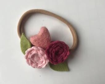 VALENTINE 3// delicate flower cluster// felt flower