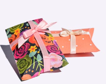 Bright Floral Pillow Boxes, Set of 12