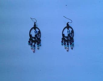 Earrings bronze and small beads