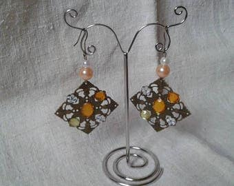 "Earrings ""floral square and yellow rhinestones"""