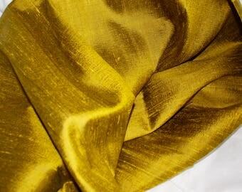 Thai silk vibrant olive green 2.45 mars x 1m
