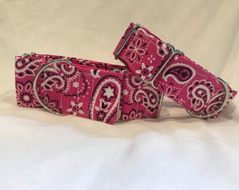 Her pink bandana