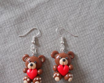Earrings brown bear holding a red heart
