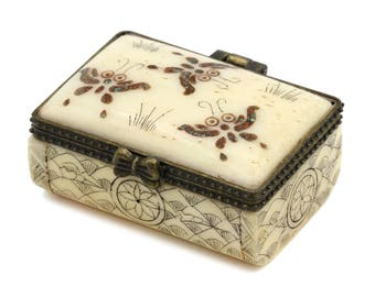 Chinese Antique Small Box, Scrimshaw Trinket Box, Engraved Bone Box, Scrimshaw Snuff Box, 1950s Asian Inlaid Box, Butterflies And Flowers