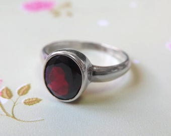 Sale - Garnet ring - January Birthstone - Sterling Silver Ring - silver Garnet ring - red Garnet ring - Garnet Jewelry - Simple Garnet Ring