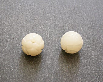 2 beads of Lotus Flower carved 11 mm Bodhi seed
