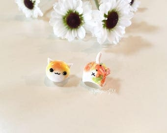 Polymerclay cat earrings with tiny Goldfish / or Seashell