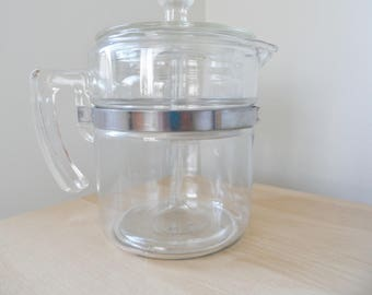 Pyrex 4 cup percolator coffee pot complete made in Canada