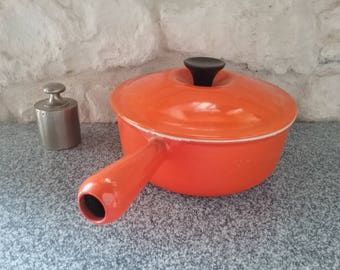 Pan orange LE CREUSET vintage, old skillet or pot enameled cast iron, diameter 20, made in France-70s