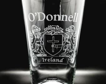 Irish Pint Glasses | Irish Family Name Crests | St Patrick's Day Glasses | Irish Family Crest Glasses | Irish Drinking Glasses |