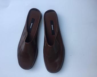 Vintage DKNY DONNA KAREN New York Womens mules slip on shoes size 10