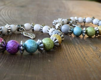 white wood Beads Bracelet with colorful acrylic beads in different variations