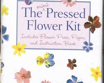 The mini Pressed Flower Kit Pocket Sized Flower Press kit