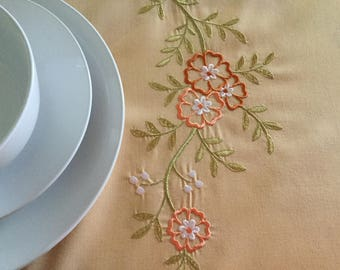 Anne de Solene Paris tablecloth Made in France Floral embroidery Polyester Cotton Vintage tablecloth