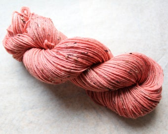 Handdyed yarn Donegal DK 85/15% Merino wool/Donegal