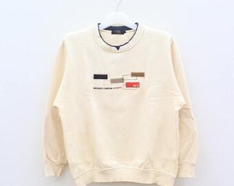 Vintage MICHIKO LONDON Sports Cream Pullover Sweater Sweatshirt