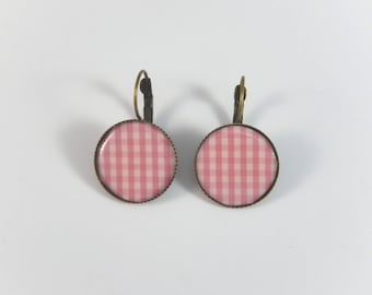 vintage pink gingham retro fashion earrings