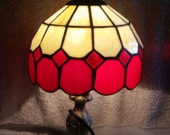 Tiffany Victorian styled Stained Glass Table Lamp
