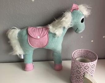 Kuschelwuschelpferd in Wunschstoff