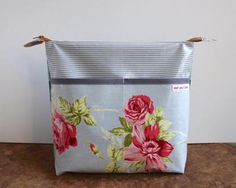 oilcloth cosmetic bag big, travel toiletry bag, make up, diaper bag, flower power, washable ***