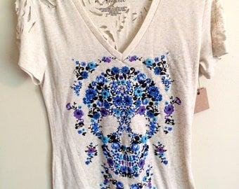 Flower Skull Shirt // Distressed Shirt // Womens Skull Shirt // Gray Upcycled Shirt // Womens Recycled Shirt // Cut Up Shirt