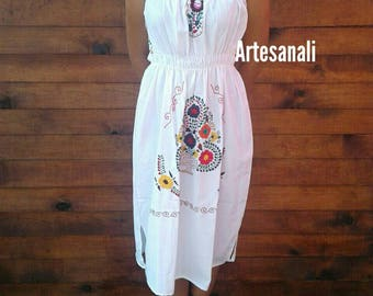 Mexican Hand Embroidered strapless dress Size Large