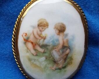 Painted porcelain brooch