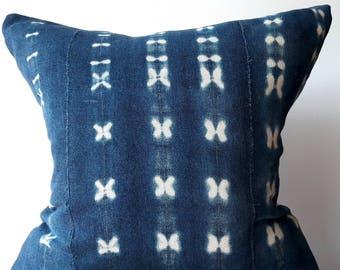 19x19 Vintage Indigo Mudcloth Pillow Cover, Indigo Textiles, Shibori, Tie-dyed, Indigo, African fabrics, Zipper closure