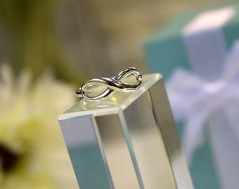 Tiffany & Co Sterling Silver Infinity Ring Size