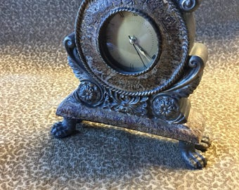 Small vintage mantel clock