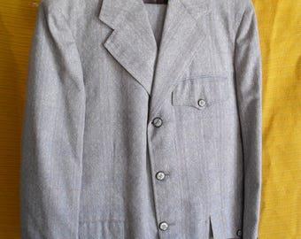 plaid western cut suit. Gross Denver
