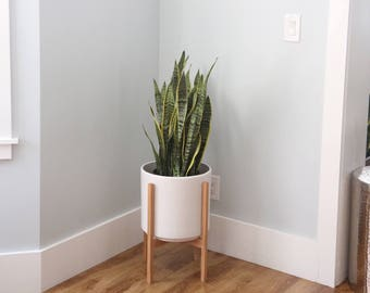 """Large - Mid-century Modern Planter with Wood Stand - 12"""" Ceramic Pot"""