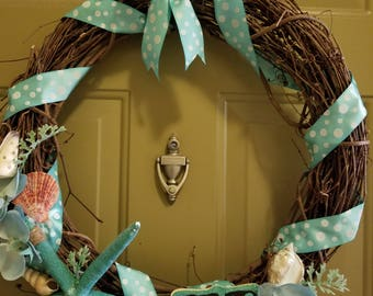 Seashell beach theme wreath