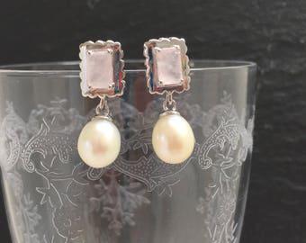 Vintage Earrings / white fresh water pearls and rose quartz / very romantic / wedding jewelry / bride jewelry / romantic gift / pendant