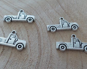 Set of 4 charms car pick up in silver