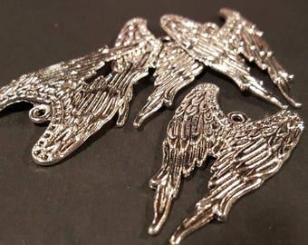 Antiqued Silver Angel Wings