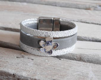 Gray, white and silver leather with loop (BR38) flower Cuff Bracelet