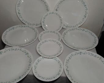 Corning Corelle Country Cottage Six (6) Dinner Plates and Four (4) Bread and Butter Plates