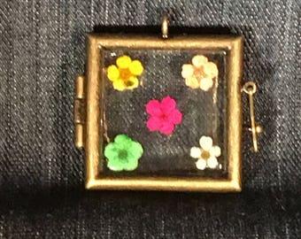 Keepsake Flower Locket