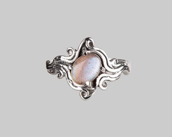 Sterling silver labradorite ring - gothic ring - festival ring - witchy