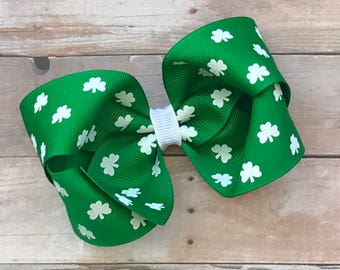 St. Patrick's Day Hair Bow-Shamrock/Clover Hair Bow-Green Boutique Bow-Emerald Green Bow-Twisted Boutique Bow-4 Inch Hair Bow