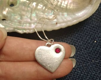 Beautiful! Vintage Heart July Stone Sterling Silver Necklace!