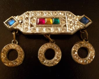 Antique vintage brooch with crystals on it - bar brooch with 3 crystal circles under it